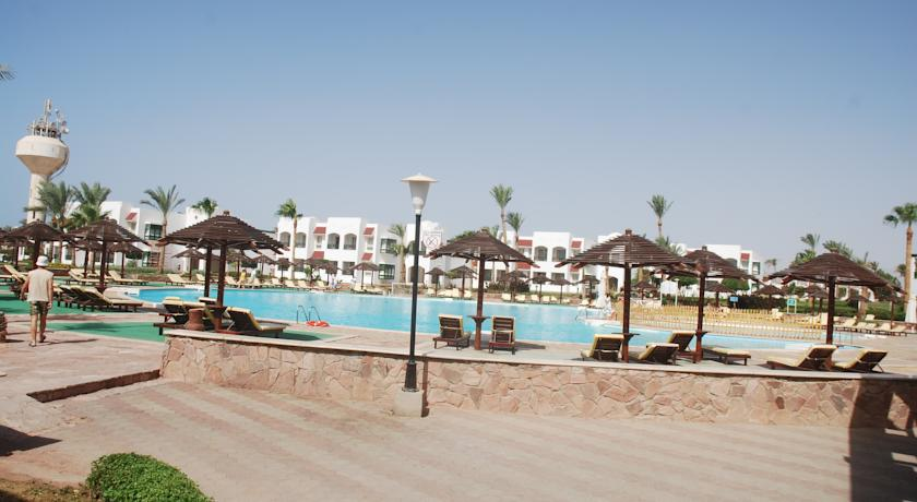 Coral-Beach-Rotana-Resort-Montazah-2