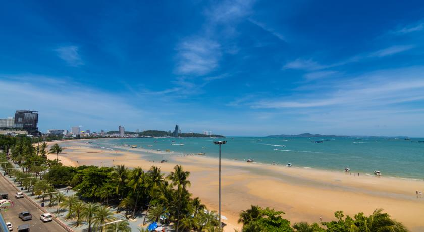 baron-beach-front-living-pattaya-6