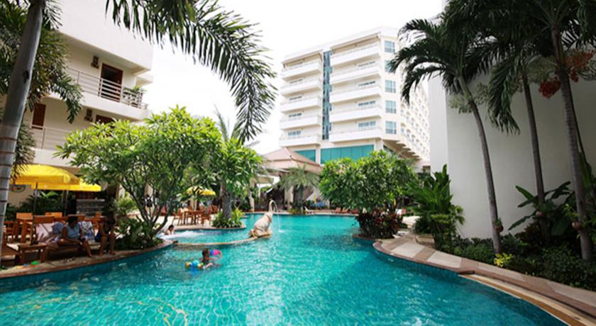 sea-breeze-jomtien-resort-1