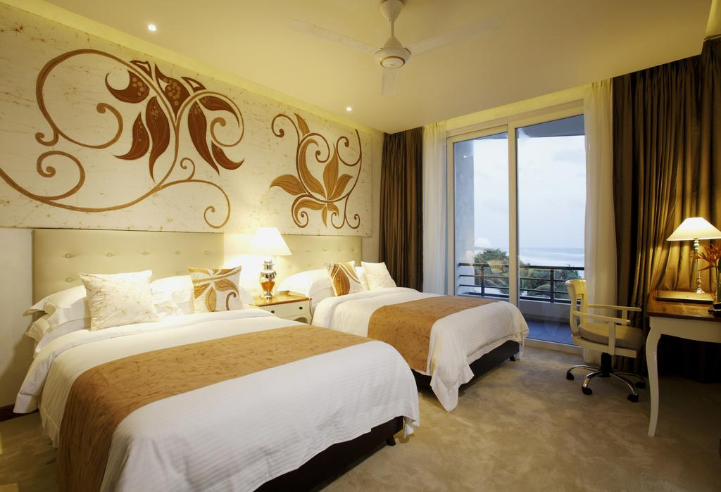 centara-ceysands-resort-spa-9